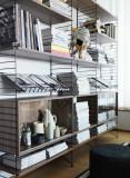 String Furniture Hoge kast small, zwart