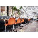 Gubi Gubi 3D HiRek Sled stoel met chroom onderstel