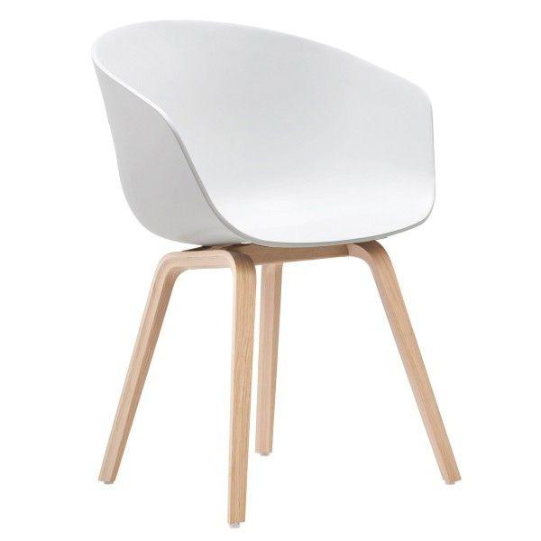 Hay About a Chair AAC22 stoel met gezeept onderstel