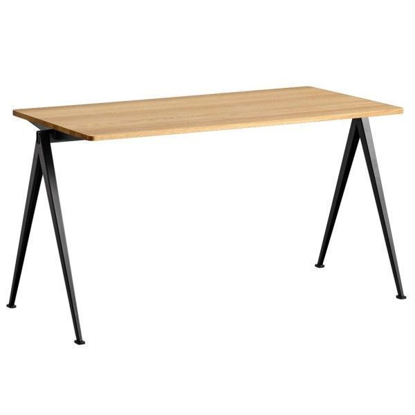 Hay Pyramid 01 tafel 140x65