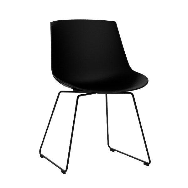 MDF Italia Flow Chair stoel zwart met slede onderstel