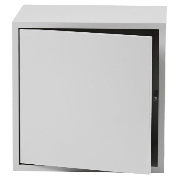 Muuto Stacked kast met deur medium