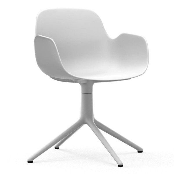 Normann Copenhagen Form Armchair Swivel stoel met wit onderstel