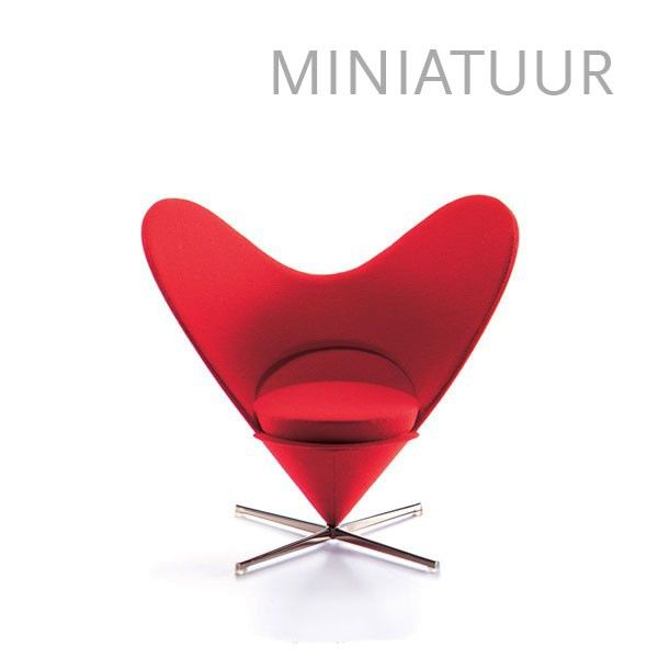 Vitra Heart-shaped Cone Chair miniatuur