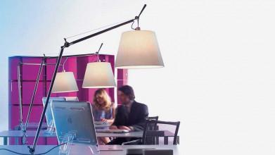 Artemide Tolomeo Mega Tavolo bureaulamp LED met toetsdimmer en tafelklem zwart