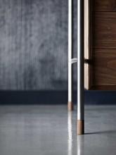 Carl Hansen & Son AJ52 bureau 160x70 geolied walnoot met bureaulamp