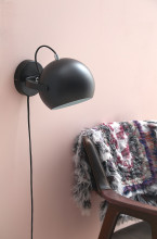 Frandsen Ball Handle wandlamp