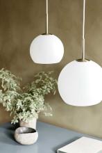 Frandsen Ball hanglamp opaal 18