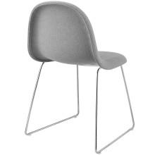 Gubi Gubi 3D Sled stoel gestoffeerd met chroom onderstel