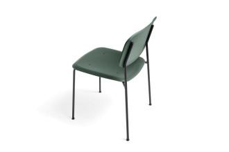Hay Soft Edge P10 stoel met gepoedercoat onderstel