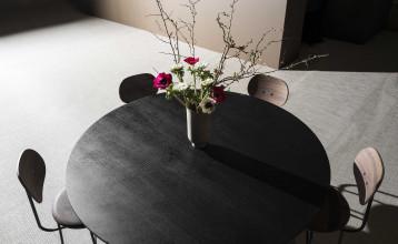 Menu Afteroom Dining Chair Plus stoel walnoot