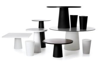 Moooi Container tafel rond zwart 120