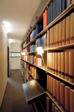 Nils Holger Moormann FNP boekenkast 6x6 met werkblad