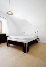 Nils Holger Moormann Tagedieb bed 200x200