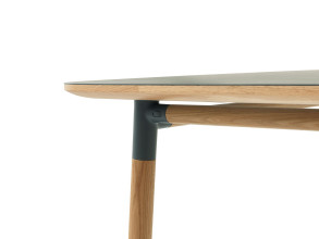 Normann Copenhagen Form Table tafel 120x120