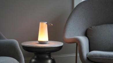 Pablo Uma Mini tafellamp LED oplaadbaar met Bluetooth speaker