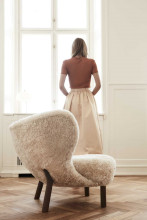 &tradition Little Petra fauteuil walnoten onderstel