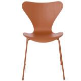 Fritz Hansen Vlinderstoel Series 7 stoel Monochrome gekleurd essen