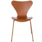 Fritz Hansen Vlinderstoel Series 7 stoel Monochrome gelakt
