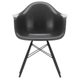 Vitra Eames DAW Fiberglass stoel zwart esdoorn