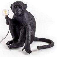 Seletti Monkey Sitting tafellamp buiten