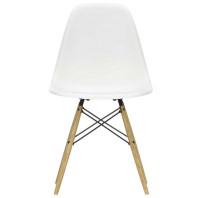 Vitra Eames Plastic Chairs 3+1 actie