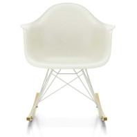 Vitra Eames RAR schommelstoel met wit gepoedercoat onderstel