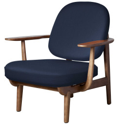 Fritz Hansen Fred JH97 fauteuil walnoten onderstel