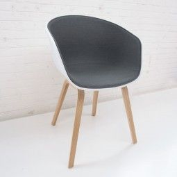 Hay About a Chair AAC22 stoel gestoffeerd