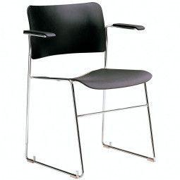 Howe 40/4 stapelbare stoel met armleuning