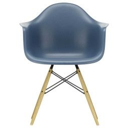 Vitra Eames DAW stoel geelachtig esdoorn onderstel