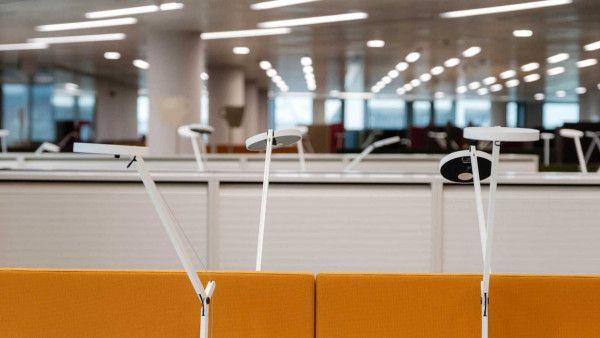 Artemide Demetra bureaulamp LED wit 3000K - zacht wit