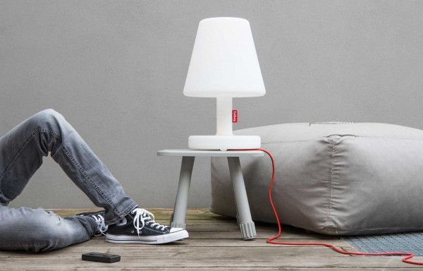 Fatboy Edison the Medium tafellamp via smartphone