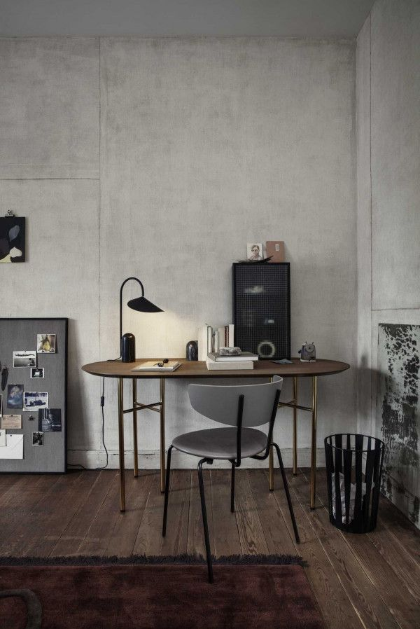 Ferm Living Mingle tafel 150 ovaal dark stained oak, zwart onderstel