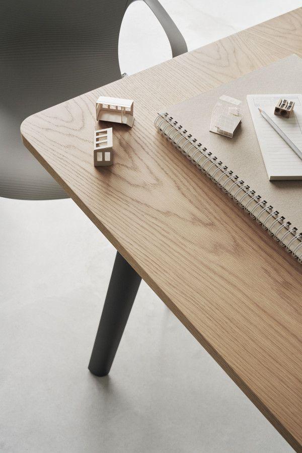 Fritz Hansen Pluralis B tafel 240x120