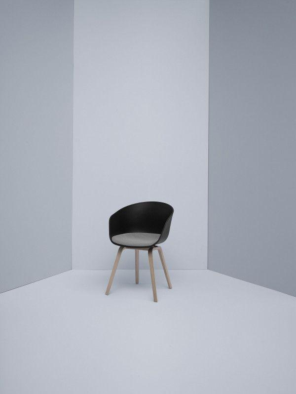 Hay About a Chair AAC22 stoel met vast zitkussen
