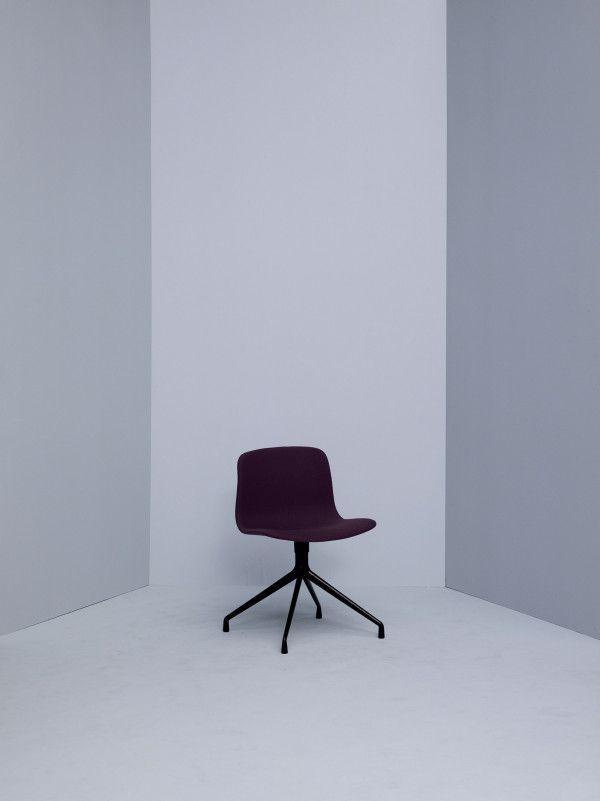 Hay About a Chair AAC11 gestoffeerde stoel
