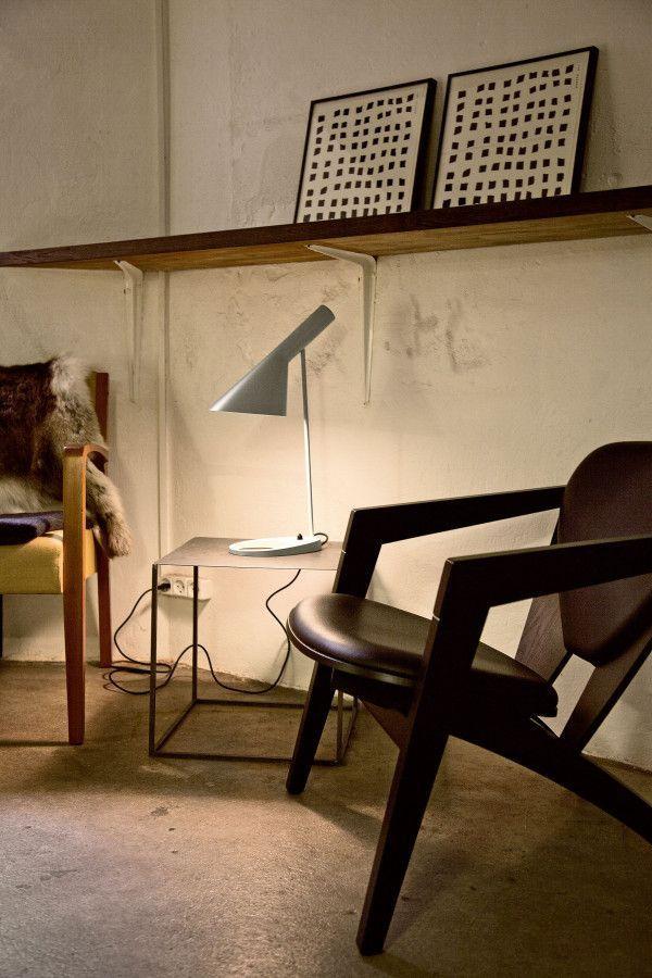 Louis Poulsen AJ bureaulamp