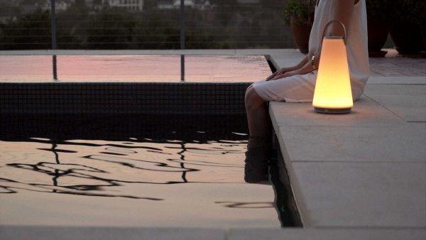 Pablo Uma tafellamp LED oplaadbaar met Bluetooth speaker
