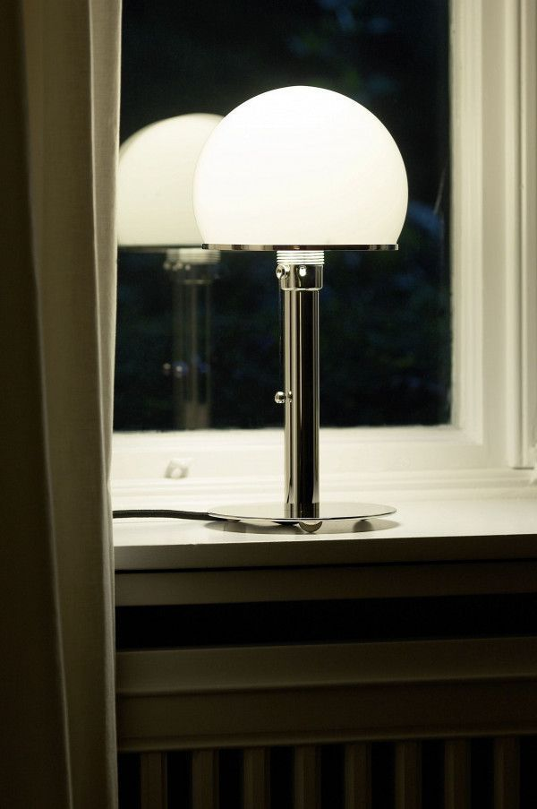 Tecnolumen Wagenfeld WA24 tafellamp