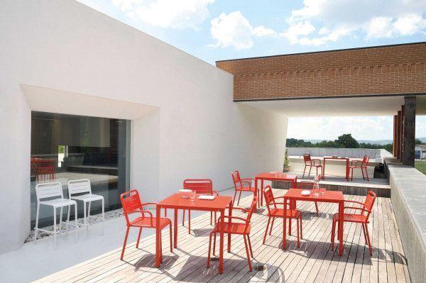 Emu Urban Square tuinset 80x80 tafel + 2 stoelen (armchair)