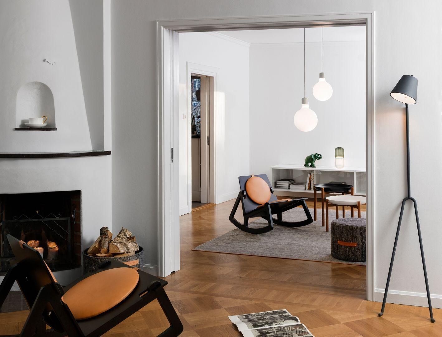 Woonkamer inspiratiefoto met Design House Stockholm Vloerlampen