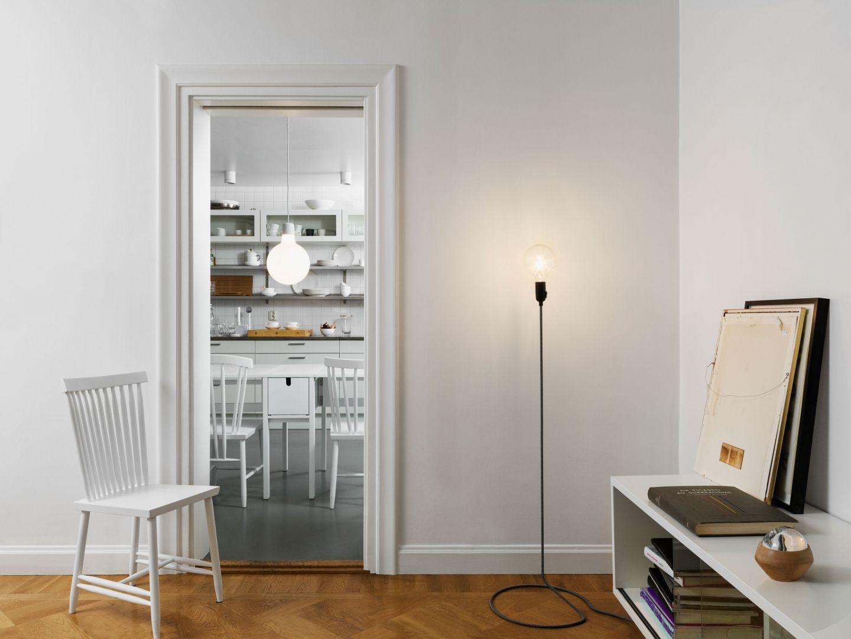 Woonkamer inspiratiefoto met Design House Stockholm Design House Stockholm Outlet
