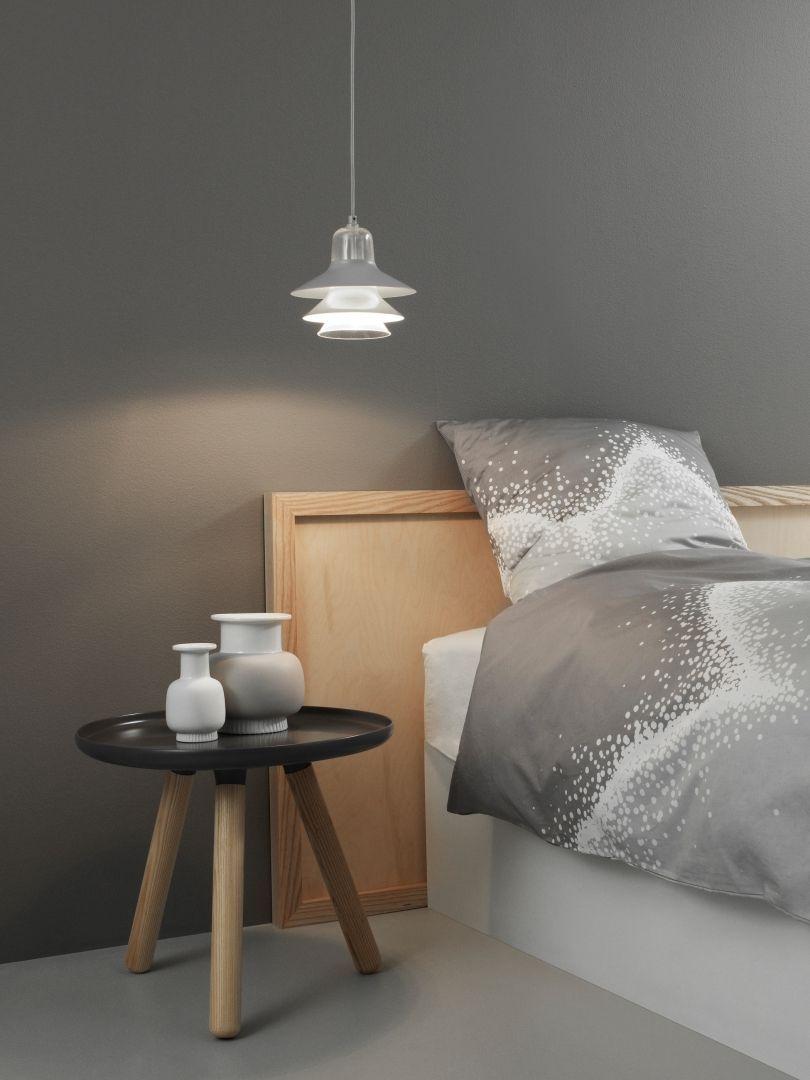 Slaapkamer inspiratiefoto met Normann Copenhagen Salontafel