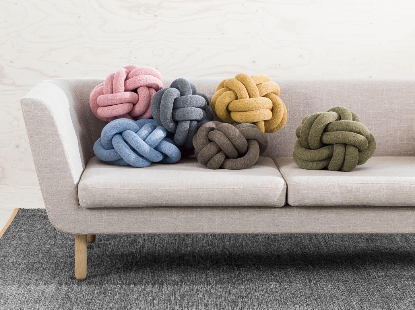 Woonkamer inspiratiefoto met Design House Stockholm Banken en stoelen
