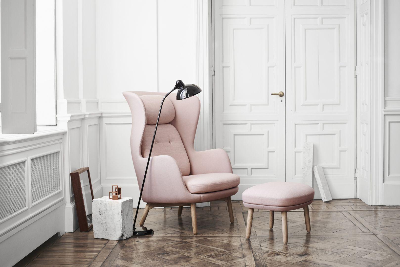 Woonkamer inspiratiefoto met Fritz Hansen Loungestoelen