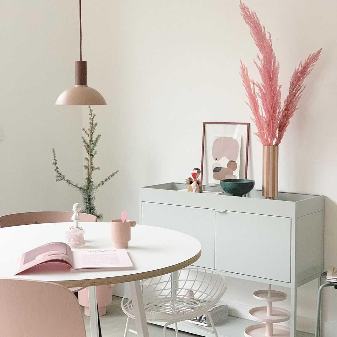Eetkamer Eetkamer inspiratiefoto met Pastoe Banken en stoelen