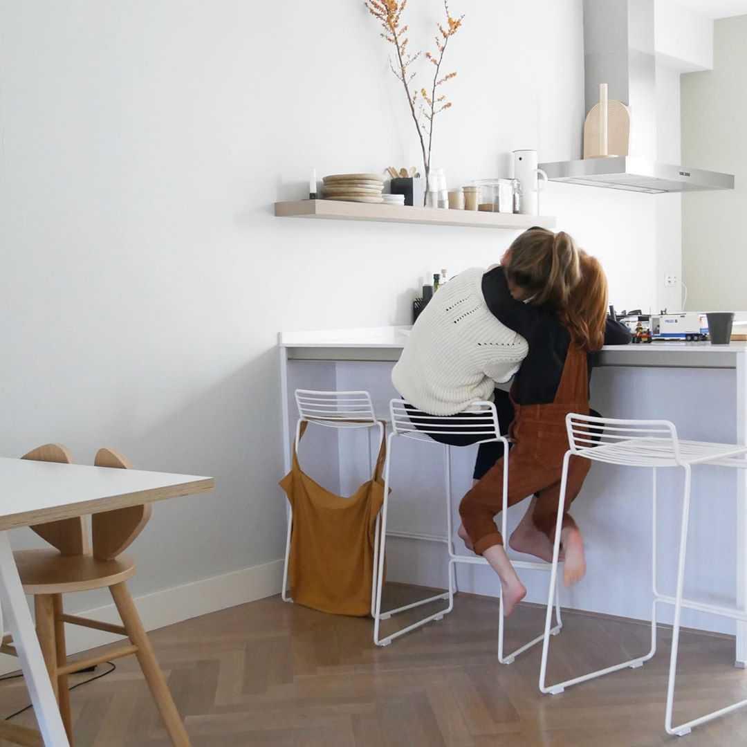 Keuken Keuken inspiratiefoto met Hay Barkrukken