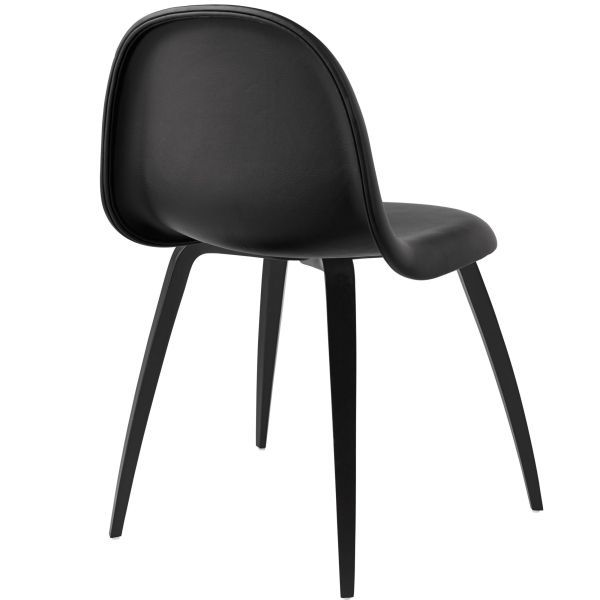 Gubi Gubi 3D stoel gestoffeerd met gebeitst onderstel