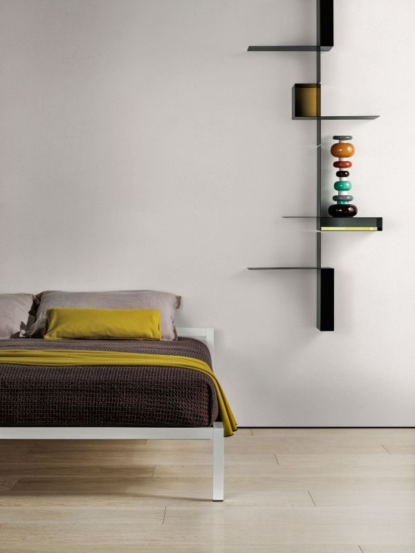 MDF Italia Aluminium Lacquered bed met hoofdbord 180x210